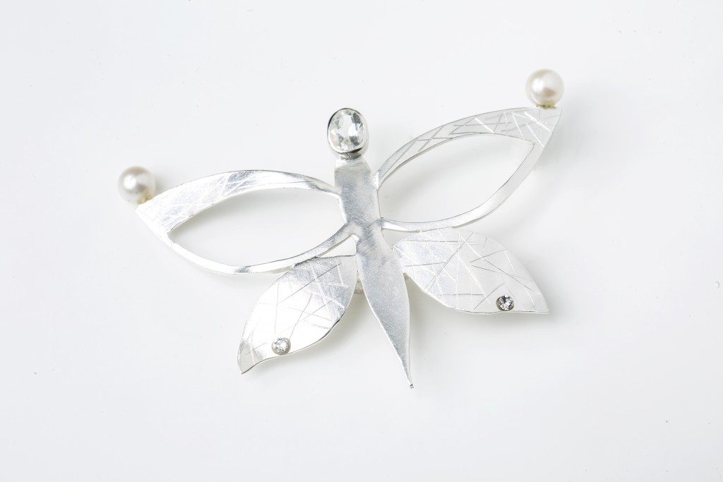 tocado de plata, cuarzo blanco y perlas